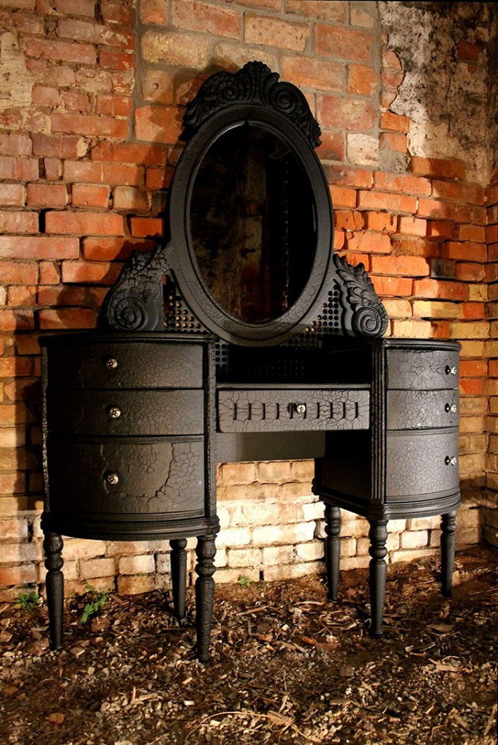 Furniture design trends: Burning furniture Furniture design trends Burning furniture mirror