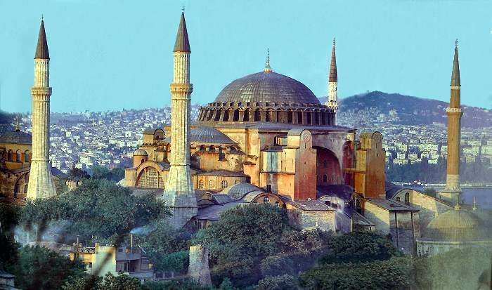 iconic buildings The 20 Most Famous and Iconic Buildings You Have to See Before you Die 20 most famous and iconic buildings to see before you die 13 hagia sophia istambul