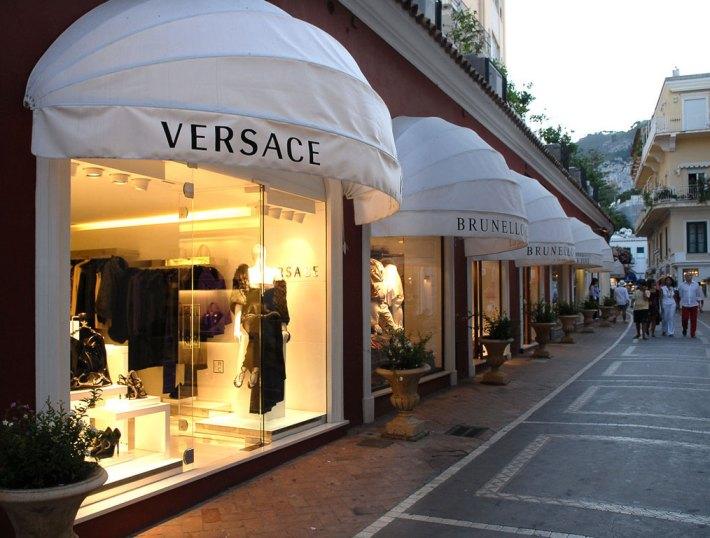 capri_shopping  Summer Holidays Hit – Charming Carpi, Italy  capri shopping