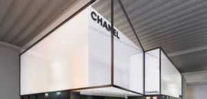 IMPOSING DESIGN STANDS AT BASELWORLD  IMPOSING DESIGN STANDS AT BASELWORLD CHANEL BASEL STAND 580x280 300x144