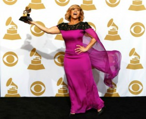 Best Moments of The 2015 Grammy Awards  Best Moments of The 2015 Grammy Awards Fashion Design Weeks Best Moments of The 2015 Grammy Awards Erica Campbell 300x244