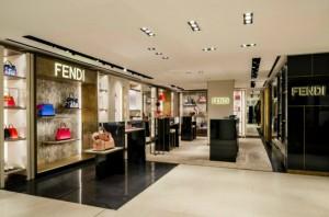 FENDI MILAN BOUTIQUE AT LA RINASCENTE: A NEWLY RENOVATED CORNER STORE  FENDI MILAN BOUTIQUE AT LA RINASCENTE: A NEWLY RENOVATED CORNER STORE Fendi Milan Boutique at La Rinascente a newly renovated corner store 21 300x198
