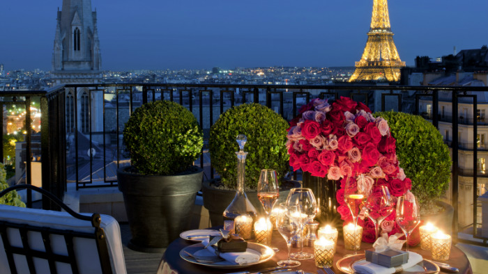 HOTEL GUIDE FOR A PARISIAN VALENTINE'S DAY  HOTEL GUIDE FOR A PARISIAN VALENTINE'S DAY paris france vantines day romantic hotel guides
