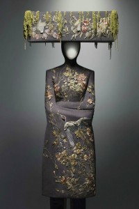 Alexander McQueen Savage Beauty at the V&A AlexanderMcQueen SavageBeauty ph Solve Sundsbo The Metropolitan Museum of Art 1 200x300